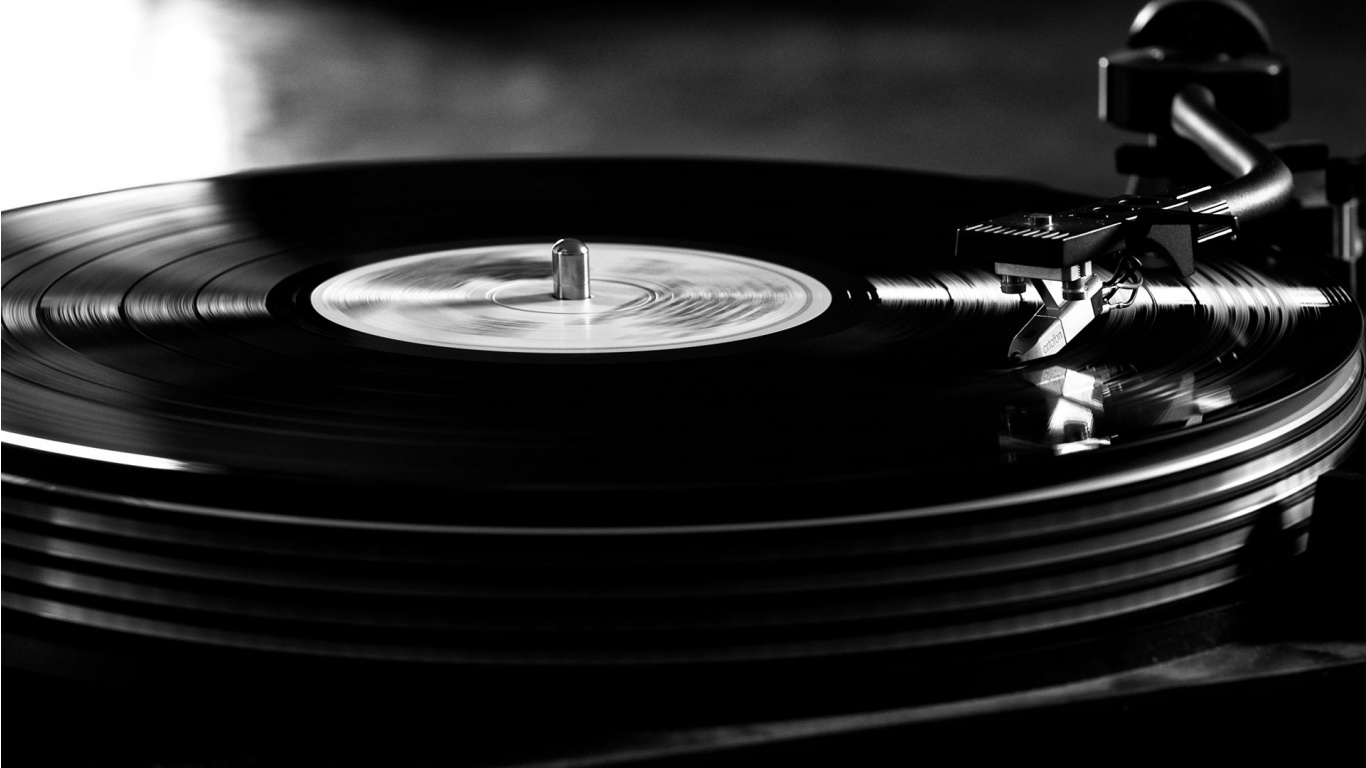 Record B&W